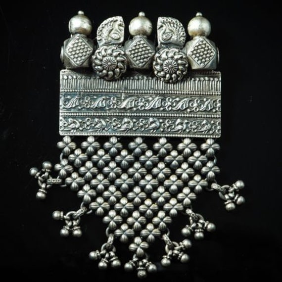 Gorgeous! Antique Sterling Silver rajasthan handcr