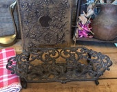 Flat warm-up on cast iron footing - Underside Of Flat Heat in Vintage Cast - candle - flat rest