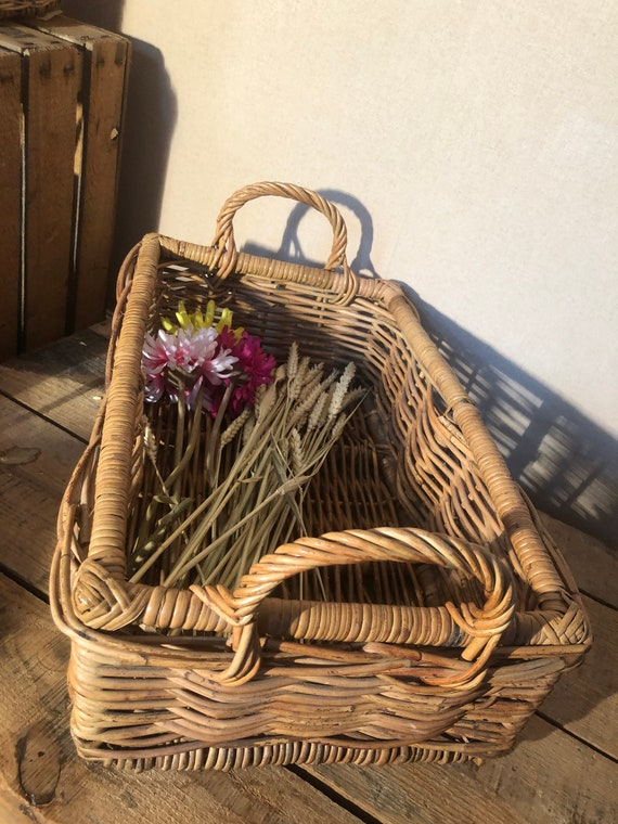 Rustic wicker basket - Large old rectangular wicke