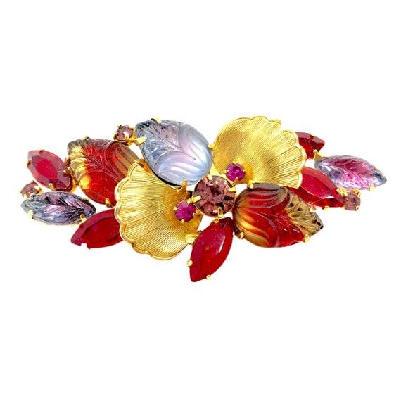 Lovely Vintage Molded Glass Leaves & Fruit Brooch