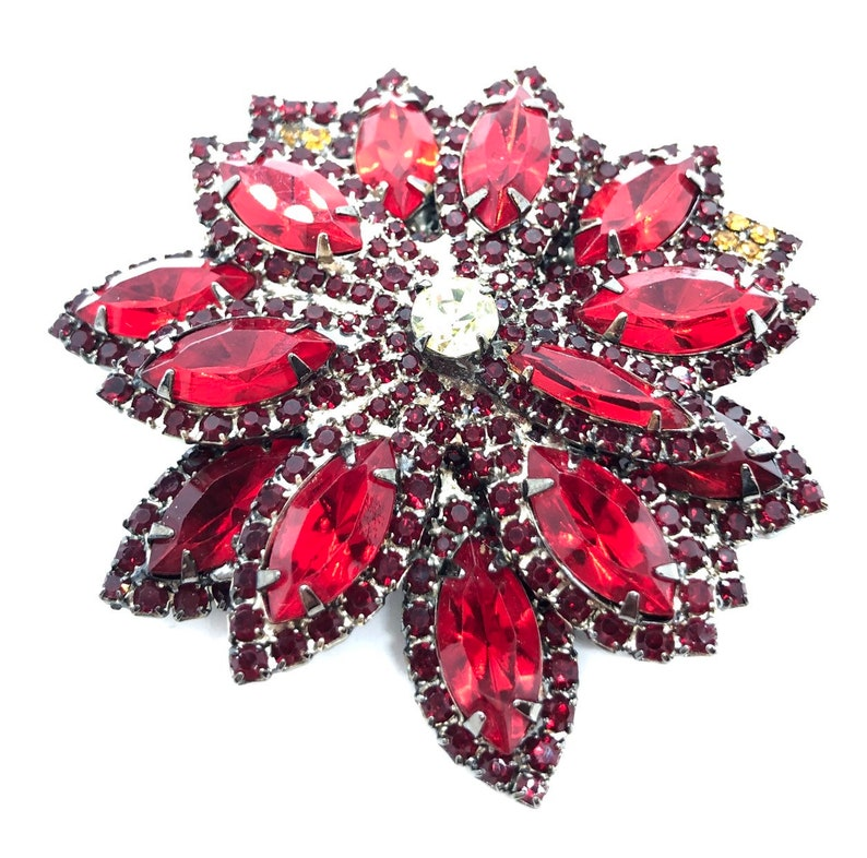 Bold Red Dahlia Flower Brooch Blooming Pin