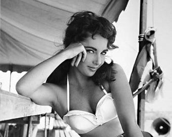 "Elizabeth (Liz) Taylor 16"" x 20"" Limited Edition Silver Gelatin Photograph by Frank Worth"