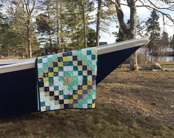 Modern quilt, trip around the world patchwork quilt, lap size, ready to ship