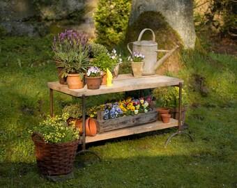 Blumenbank Blumentreppe Gartenbank Beistelltisch Pflanztisch Blumenpodest  Pflanzenpodest Gartentisch Garten Blumen Gartengeräte Ablage