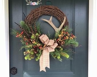 Deer Antler Winter Wreath with Pheasant Feathers, Antler Wreath, Christmas Antler Wreath, Lodge Wreath, Cabin Wreath