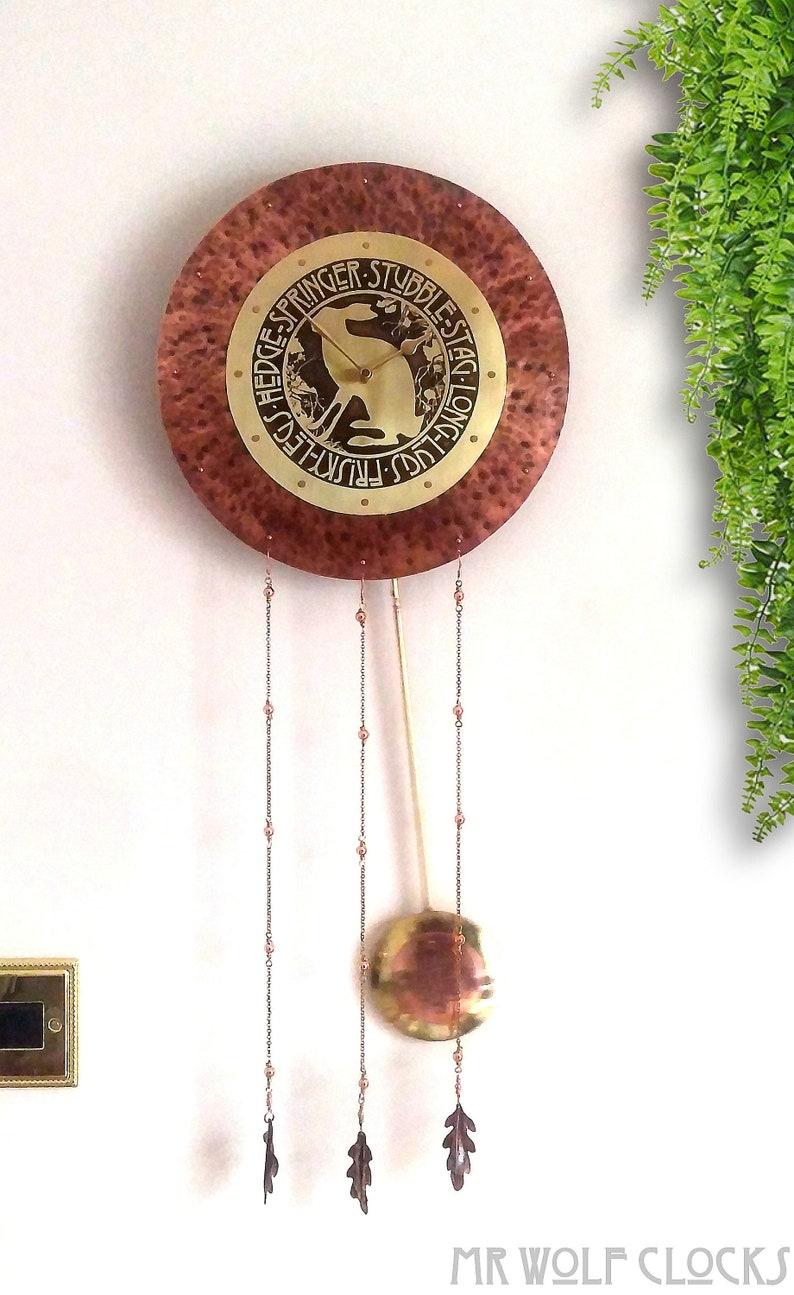 Horloge d'arts et d'artisanat, horloge de pendule, horloge animale, arts et métiers cadeau, horloge de mur unique, horloge rustique