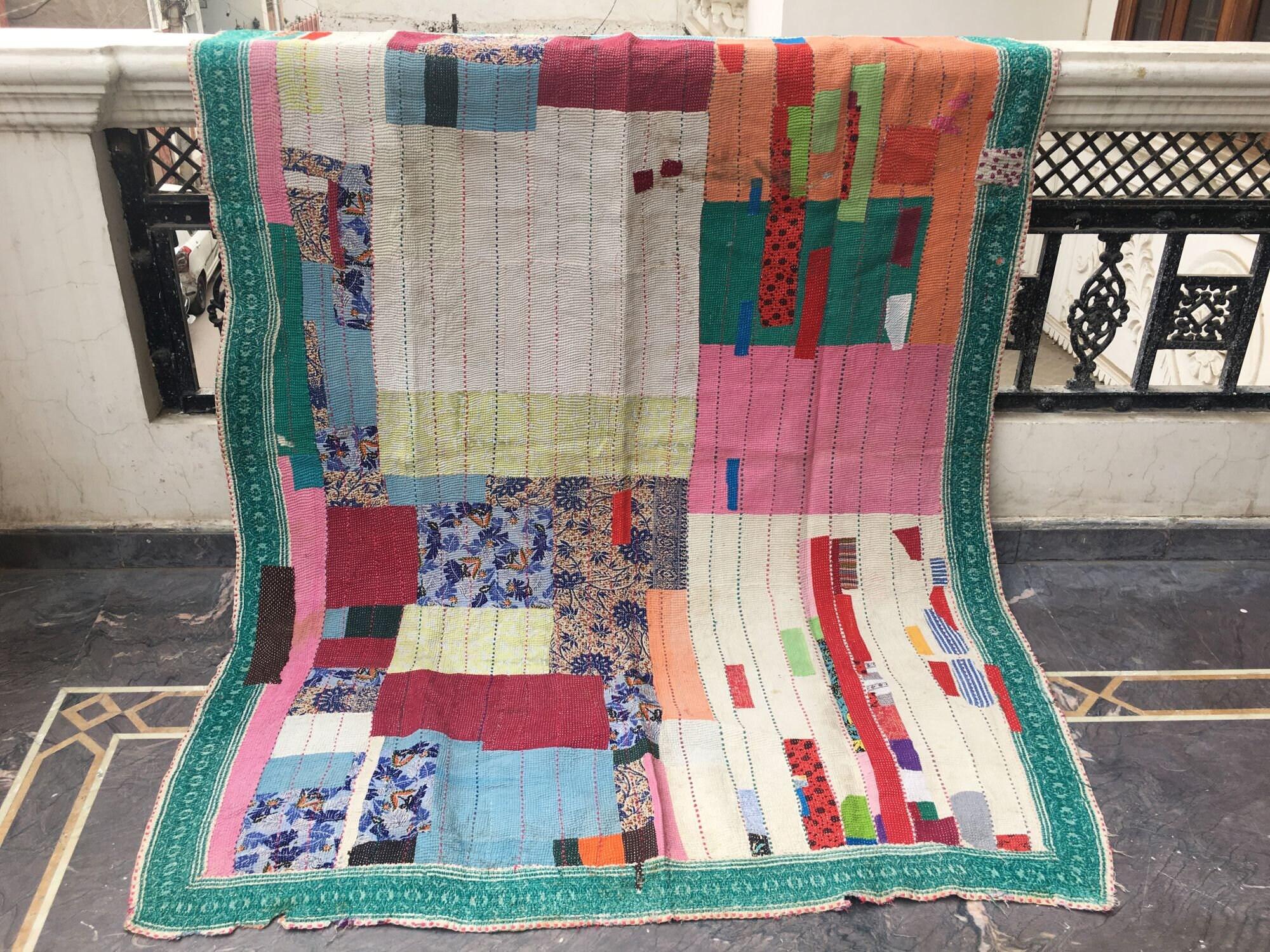 Indian Kantha Quilt, Handmade vintage Kantha Throw Blanket, Indian Cotton Quilt Recycled Gudri, Reversible Twin Kantha Blanket,vintage Throw