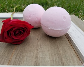 Vanilla Rose Bath Bomb