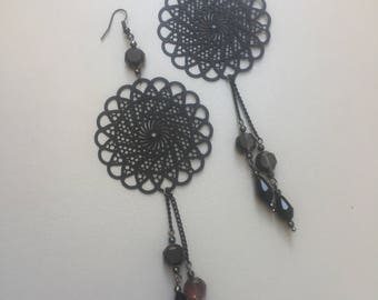 Earrings with filigree and Swarovski beads