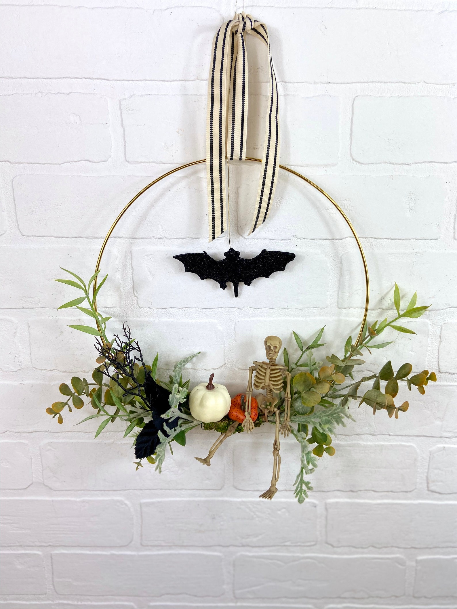 Bat Wreath Halloween Home Decor