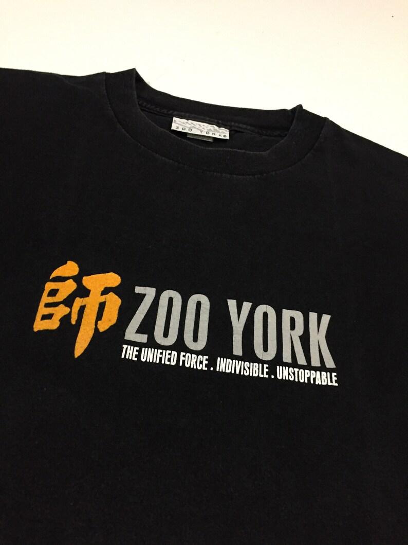 Vintage 90/'s Zoo York T-shirt Rare Skateboarding Brand Logo Retro Skate Street Wear Rap Hip-Hop Single Stitch Faded Black Tee Size L