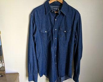 7e5a4ad9d5 Vintage Wrangler Denim Pearl Snap Shirt