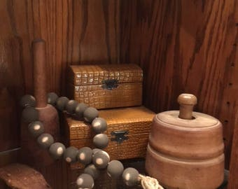 Brown Farmhouse Chippy Beads