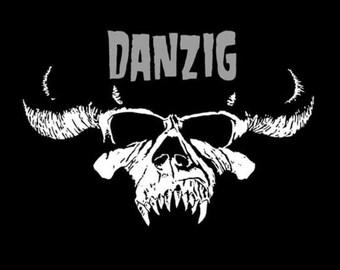 80s   Retro style DANZIG black tshirt