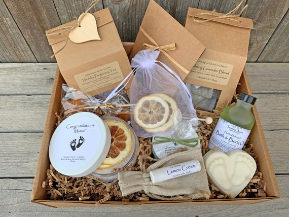 Postpartum Care Package, New Mom Care Package, Mom To Be Gift Box, Pregnancy Gift Box, New Mom Gift Basket, Expecting Mom Gift Box