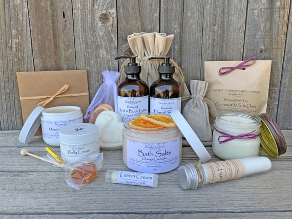 Pregnancy Gift Basket, Postpartum Care Package, Expecting Mom Gift Basket, Mom To Be Gift Box, Congratulations Pregnancy Gift