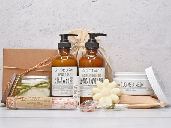 Mom Birthday Gift Box, Mothers Day Gift Box, Care Package For Her, Organic Spa Gift Set, Gift Baskets For Women, Large Spa Gift Box