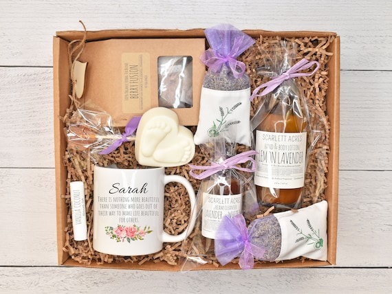 Surrogate Mother Gift Box, Surrogacy Gift Basket, Organic Care Package, IVF Care Package, Surrogate Care Care Box, Surrogate Gift Box