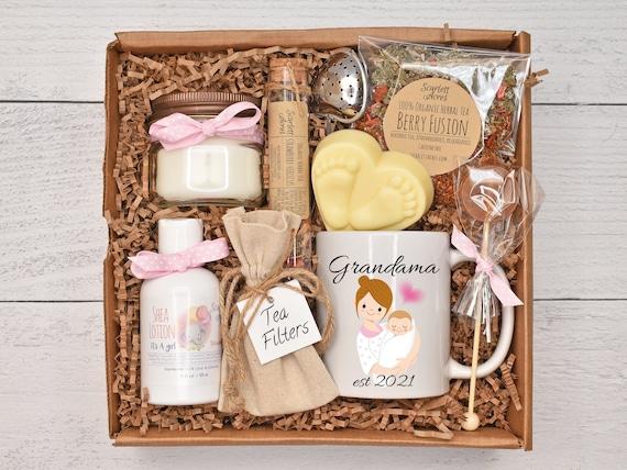Grandma To Be Gift, Gender Reveal Gift Set, It's A Girl Gift, It's A Boy Gift, First Time Grandma, Baby Feet Soap, New Grandma Gift Box