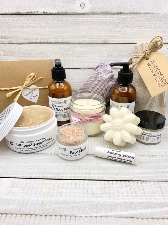 Skin Care Gift Set, Bath & Beauty Gift Basket, Organic Spa Gift Set, Birthday Gifts For Her, Gift Baskets For Women, Care Package For Her