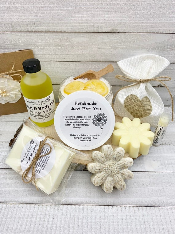 Home Spa Kit, Bath Salts Gift Set, Pamper Gift Box, Sister Birthday Gift Basket, Gift Baskets For Women, Best Friend Gift Box, Spa Gift Set