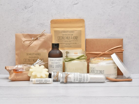 Birthday Gifts For Her, Large Bath Gift Set, Pamper Gift Basket, Organic Spa Gift Set, Gift Baskets For Women, Care Package For Her