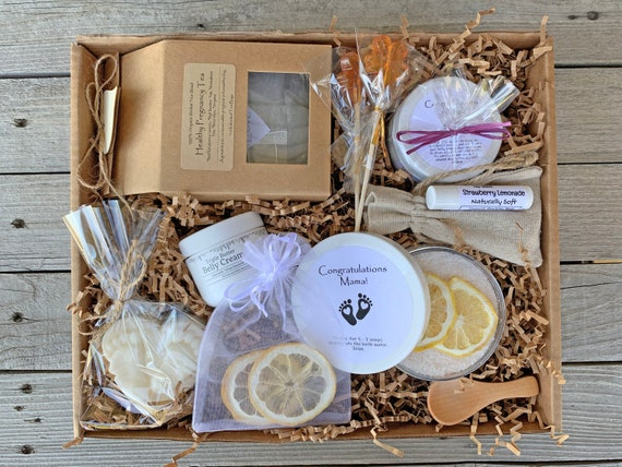 Mom To Be Gift Box, Pregnancy Gift Box, Expecting Mom Gift Basket, Postpartum Gift Box, New Mom Care Package, New Mom Gift Basket