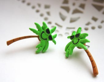 Vintage Green Palm Tree Earrings   Kitschy Beachy Statement Jewelry   Collectible Gift Idea  