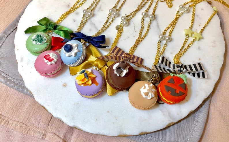 Almond nut macaron handmade lolita fairy kei decoden decora necklace