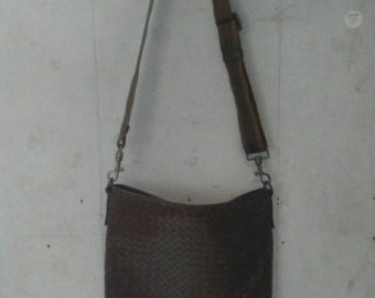 16873f420c Vintage Bottega Veneta Sling Bag