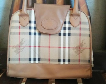 eb45c43322f4 Vintage Burberry Purse Bag