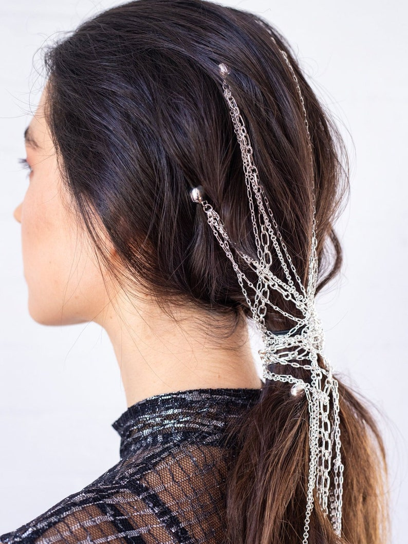 00811d655e1b1 KELA Chains in Manes Long Silver Hair Chain Strands with Loop Charm Fashion  Statement On Trend Headwear Styling Tool