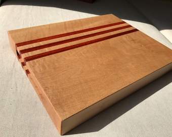 Hardwood Cutting Board: Maple, Padauk