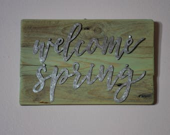 Welcome Spring Rustic Pallet Sign