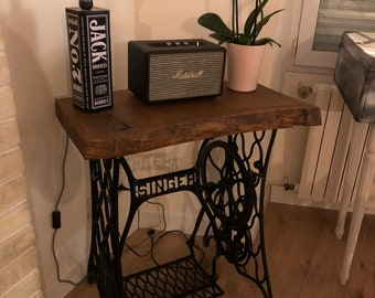 Vintage industrial table machine Singer sewing machine