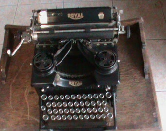 ROYAL TYPEWRITER 1920 's