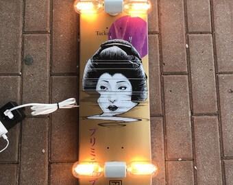 Tucker Japan Skate lamp light