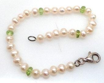 Sterling Silver Pearl & Peridot Bracelet