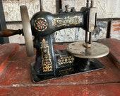 RARE Stitchwell Vintage Child Toy Sewing Machine, Cast Iron, 1920 39 s