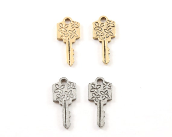 2 Pieces Pewter Flower Flower Daisy Key Charm Best Friend Charm Jewelry Making Supplies Necklace Pendant Antique Gold, Antique Silver