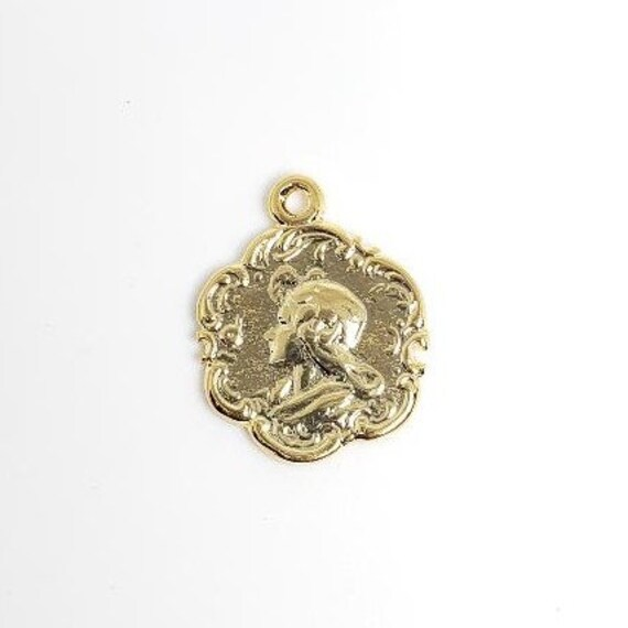 16 mm Vintage 2 Sided Portrait Pendant, Brass ,Gold Plated Coin, Charm, Pendant, Polished Gold, Coin