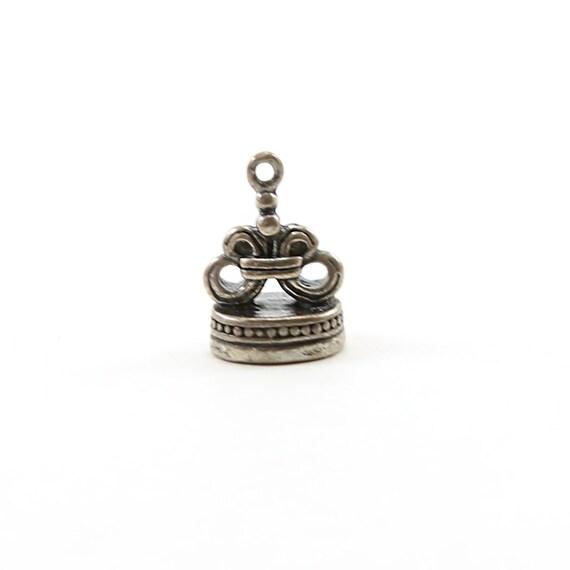 Small Sterling Silver Unique Vintage Style 3D Fleur di Lis Charm Pendant