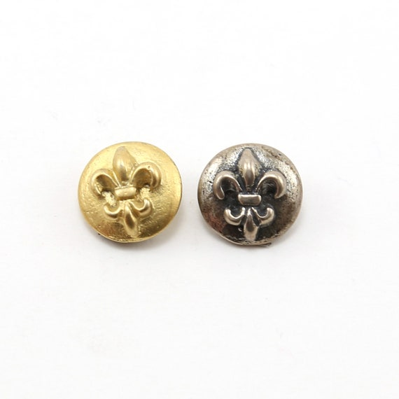 Round 3D Fleur De Lis Button in Sterling Silver or Shiny Vermeil Gold Wrap Bracelet Button