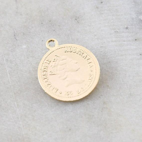 Round Australian Queen Elizabeth ll Gold Rhodium Plated Coin Delicate Charm Pendant Medallion