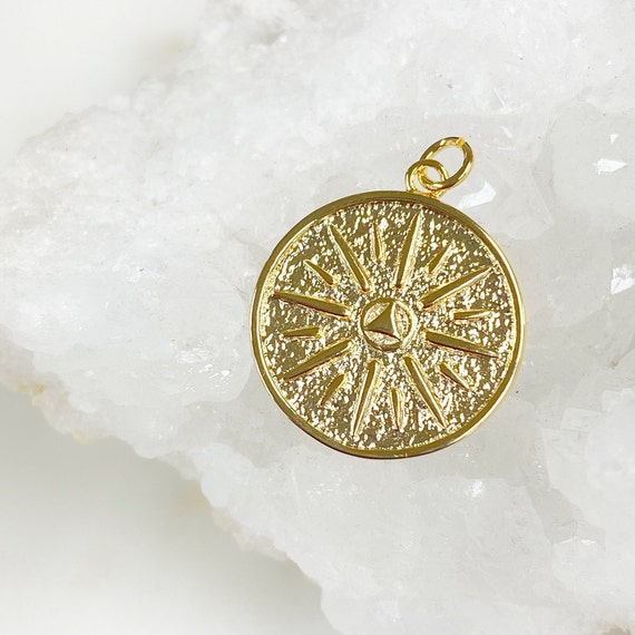 Unique Gold Plated 8 Point Coin Charm Medallion Coin Style Charm