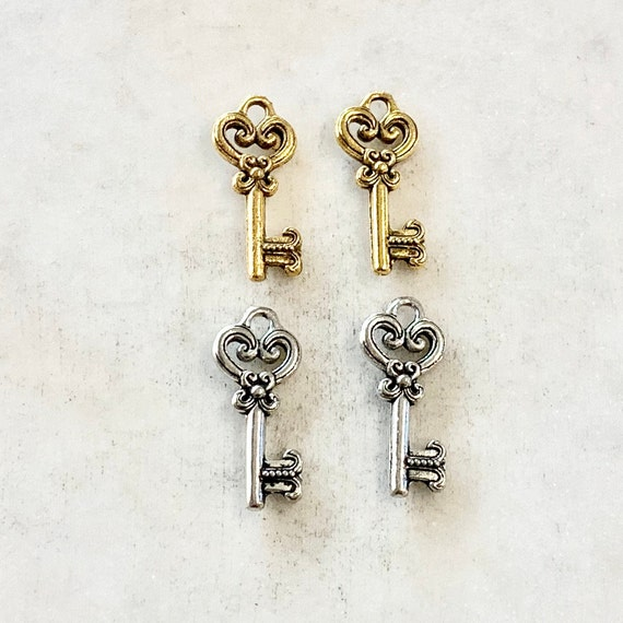 2 Pieces Pewter Rounded Detailed Skeleton Key Charm Best Friend Charm Jewelry Making Supplies Necklace Pendant Antique Gold, Antique Silver