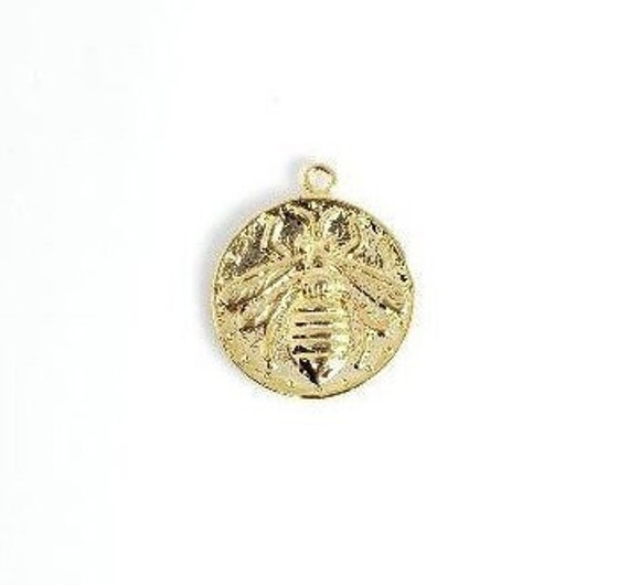 17 mm Bumble Bee Vintage, Brass ,Gold Plated Coin Charm, Pendant, Polished Gold, Coin