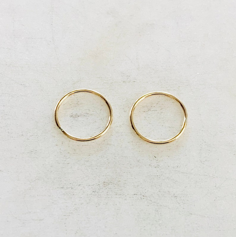 2 Pieces 14.5mm Shiny Gold Smooth Connector Ring Open Circle image 1