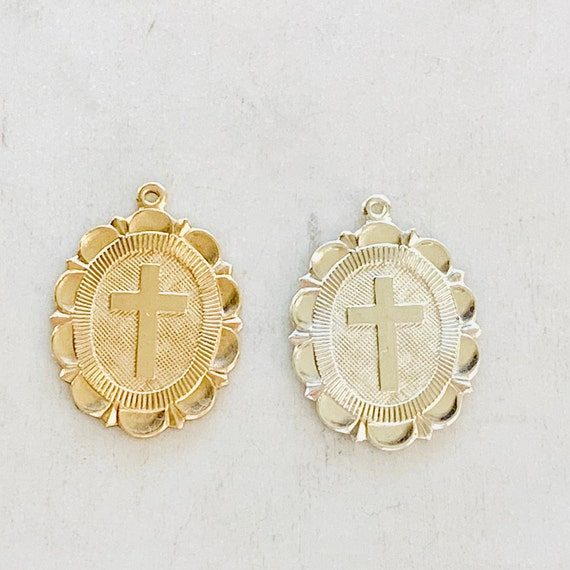 Oval Gold Filled Or Sterling Silver Cross Religious Charm With Scalloped Edge 21mm x 16mm Crucifix Pendant, Rosary Charm, Catholic Jewelry