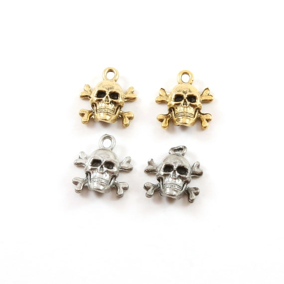 2 Pieces Pewter Skull and Bones Cross Bones Pirate Charm Pendant Halloween Skeletons Day of the Dead Charm in Antique Gold, Antique Silver